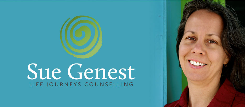 sue_genest_banner_and_logo